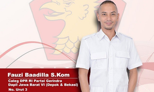 Fauzi Baadila Copot Poster Jokowi-Ma'ruf, Netter: Harus Masuk Medsos?