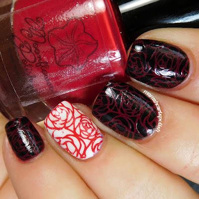 moonflower-polish-rojo-swatch