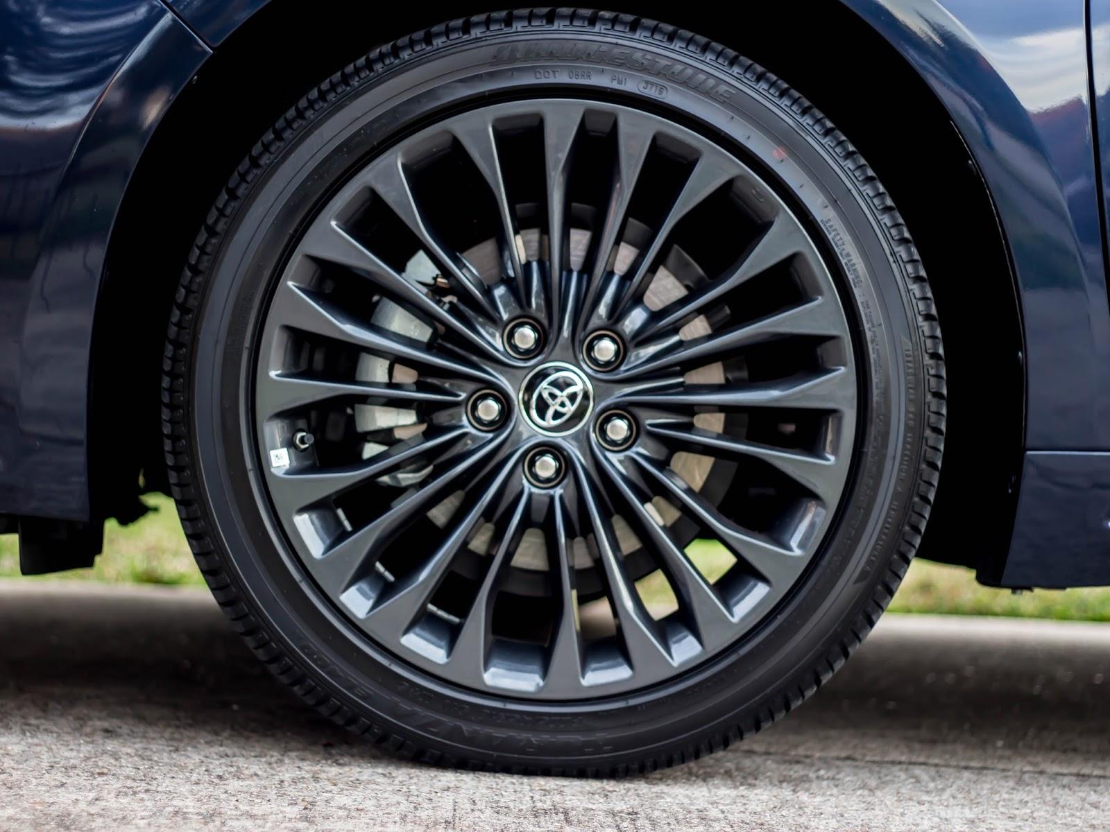 """18"""" alloy wheels"""