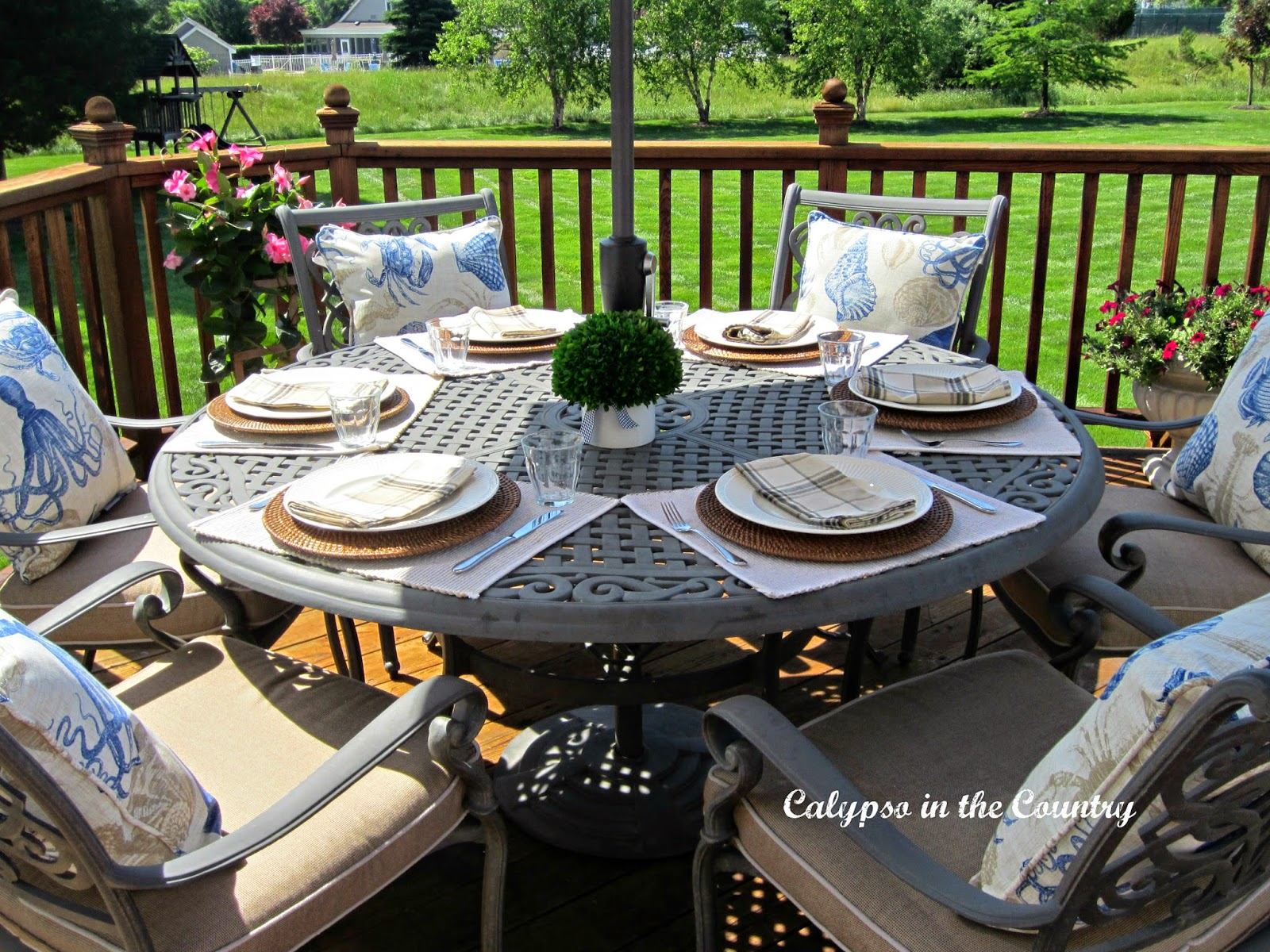 Outdoor Father's Day Table Setting