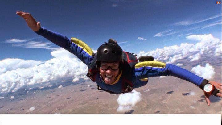 Nic skydiving