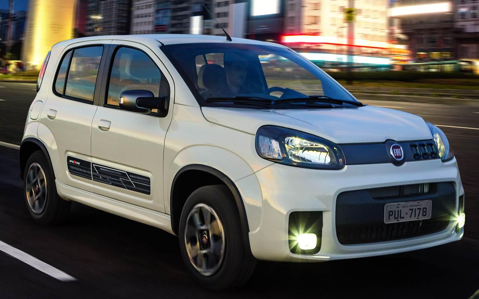 Fiat Uno 2015 http://www.cantinhojutavares.com