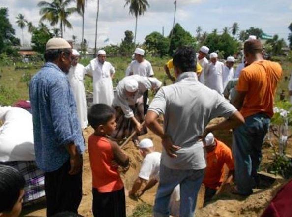 Antara Adat Melayu Yang Bertentangan Islam Tetapi Masih Diteruskan