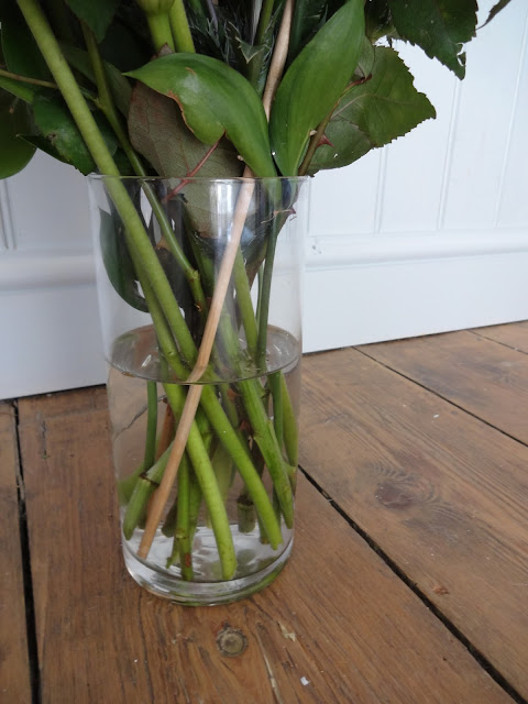Prestige Flowers Vase