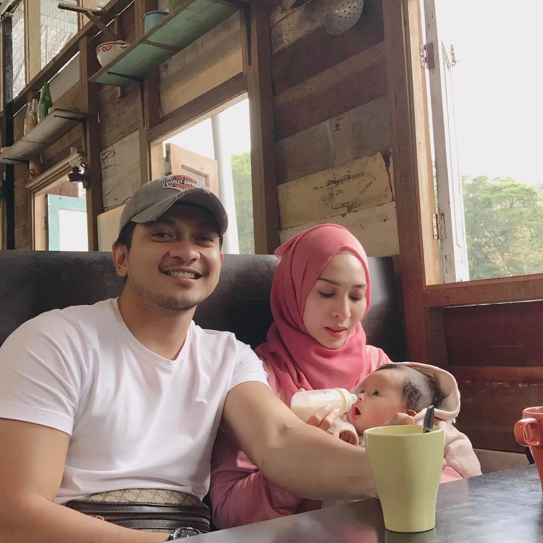 Pak Samad Buntat Nadia Drama 7 Hari Mencintaiku Arnamee Blogspot