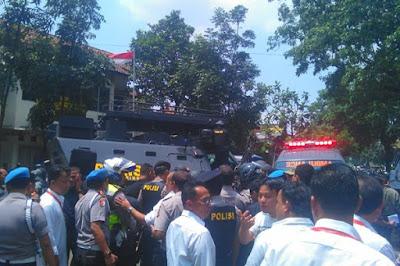 Kronologi lengkap aksi Teror Bom Panci  di Taman Pandawa Bandung