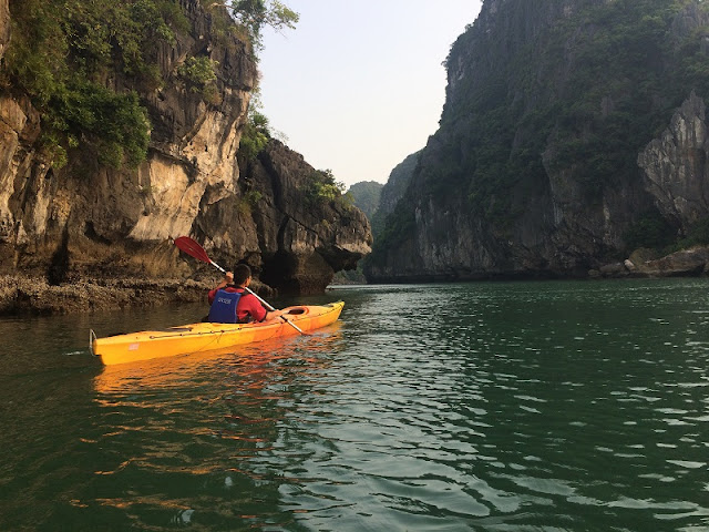 Things to know about kayaking on Halong Bay 1