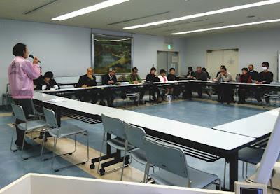 大津市生涯学習センターでの森岡会長の講義