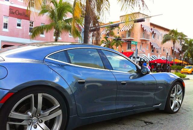 Documentos para alugar um carro no aeroporto em Miami