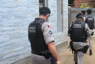 Gerente é feito refém durante roubo a banco em Juazeirinho, diz Polícia Militar