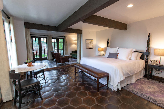 The Ingleside Inn is an authentic desert retreat that will transport you to the Golden Age of Palm Springs. It's one of the desert's original retreats built in the 1920's and was recently refreshed after a property-wide restoration bringing it back to its original Spanish Colonial Revival design.