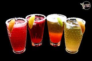 4 cócteles con cerveza y tequila barmaninred