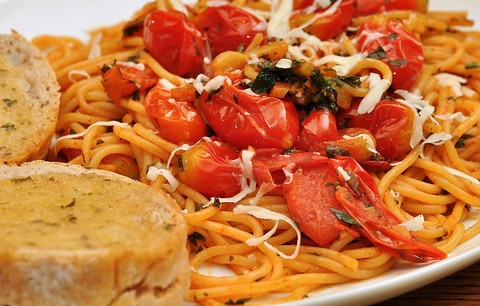 Cherry Tomatoes with Sesame Noodles
