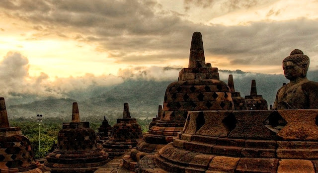 Candi Borobudur Seven Wonders of World Sunrise