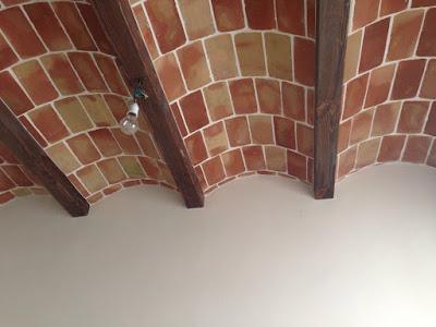 bóvedas labradas con ladrillo rústico de barro cocido