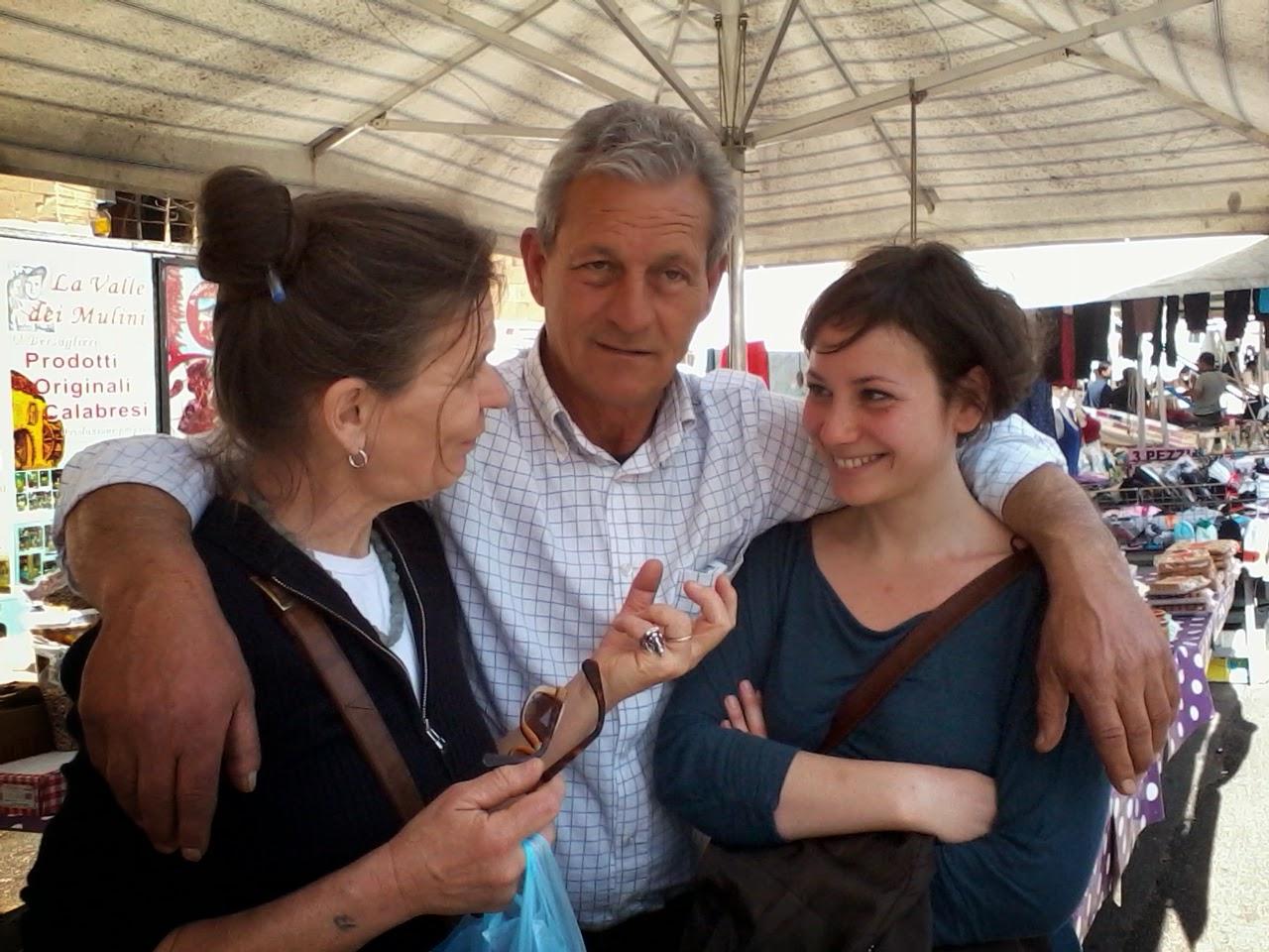 2014 04 06+13.40.15 - O mercado das pulgas de Roma: Porta Portese