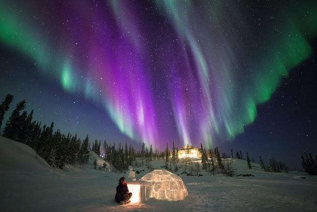 Auroras Boreais e iglu