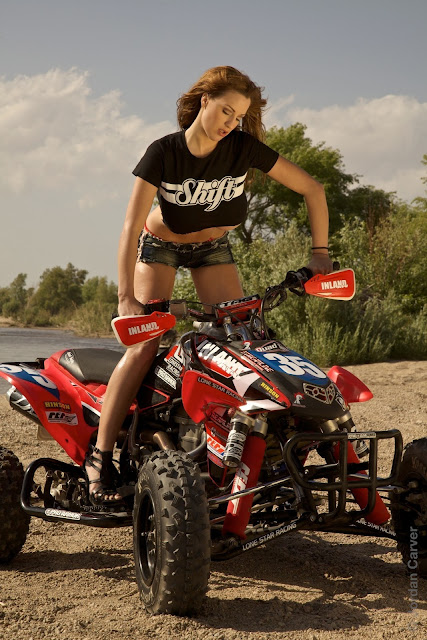 Jordan-Carver-ATV-famous-hot-sexy-photo-shoot-image-5