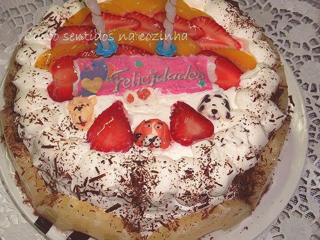 Mesa De Feliz Aniversario Bolo Para Sobrinha Imagens: Cinco Sentidos Na Cozinha: Bolo De Aniversário Com