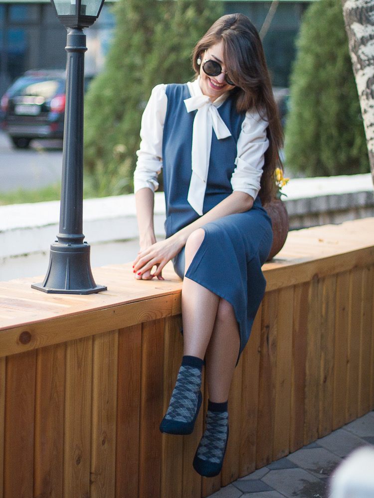 fashion blogger diyorasnotes navy midi dress white blouse socks high heels asos