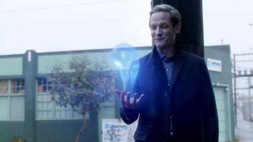 The Flash - Season 2 Episode 11: The Reverse-Flash Returns