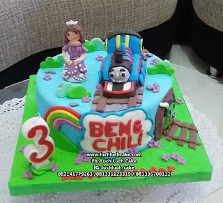 Kue Tart Ulang Tahun Fondant Thomas
