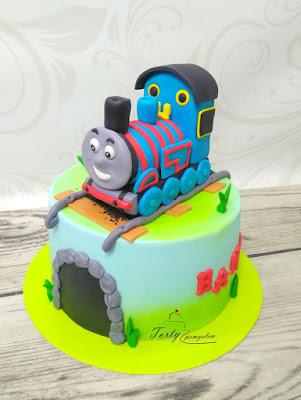 tort z lokomotywą