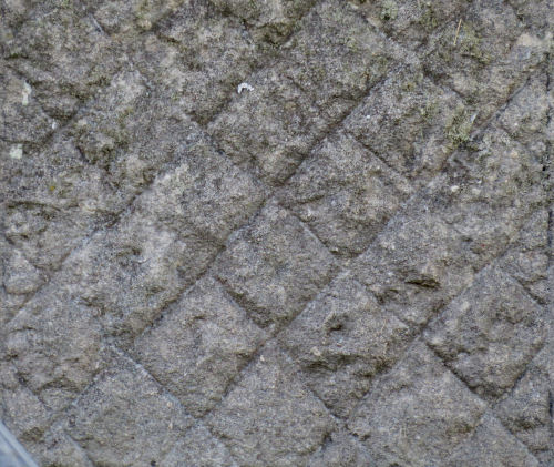 square patterns in a headstone