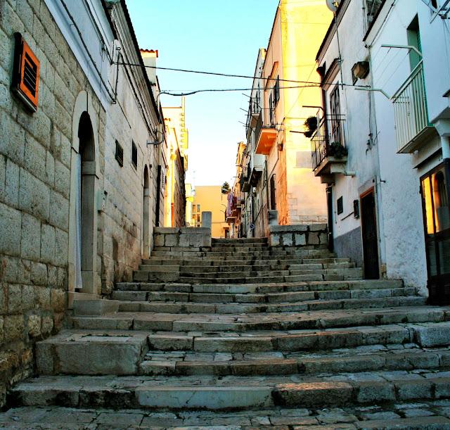 borgo antico, borgo antico di Minervino, Minervino, scale, gradini, centro, stradine