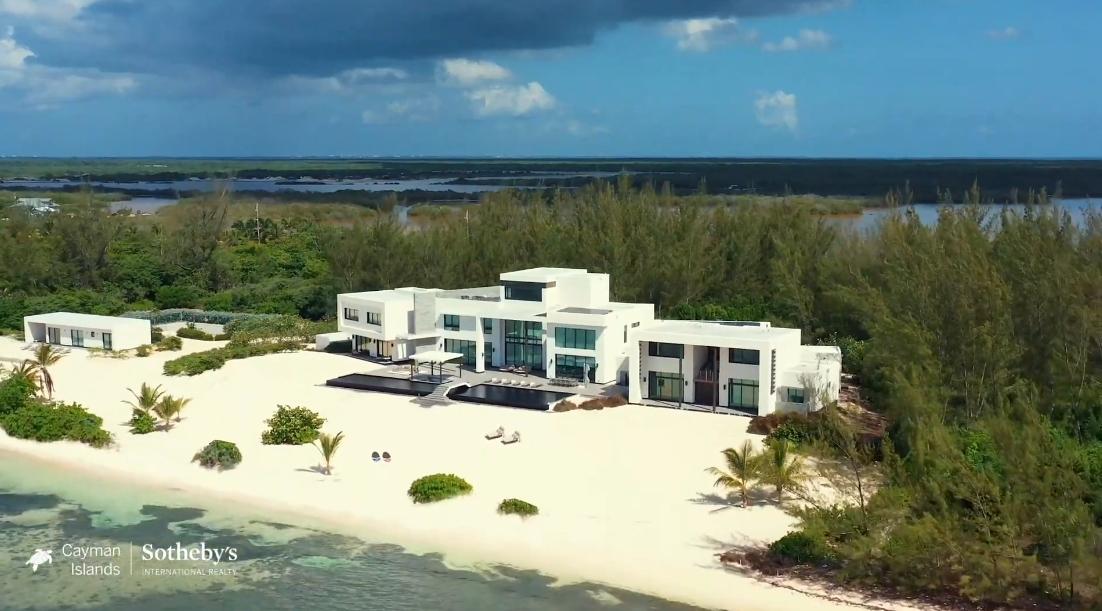 Tour 1038 Bodden Town Rd, Cayman Islands vs. 31 Interior Design Photos