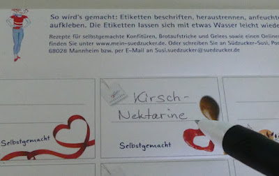 Etikett Kirsch-Nektarinen-Konfitüre