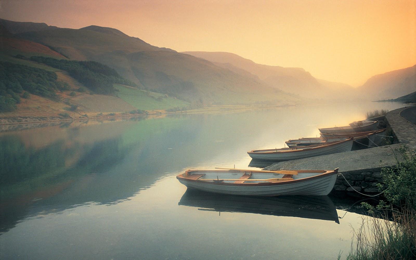волны вечер лодка