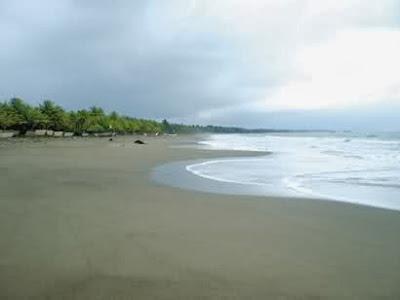 Pantai Pasir Jambak, Wisata Pantai menarik di Padang.