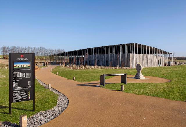 www.visit-stonehenge.com - Visitor Centre