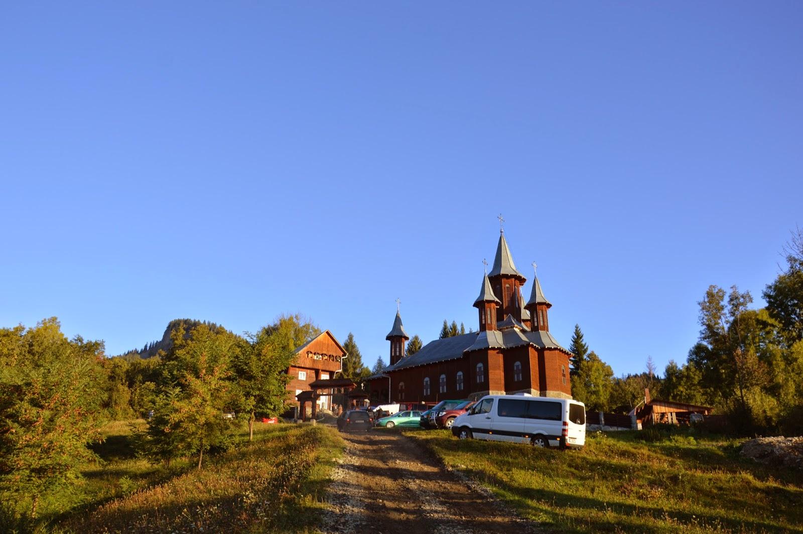 "Sfintirea bisericii Manastirii ""Schimbarea la Fata"" Ilva Mare, jud. Bistrita-Nasaud"