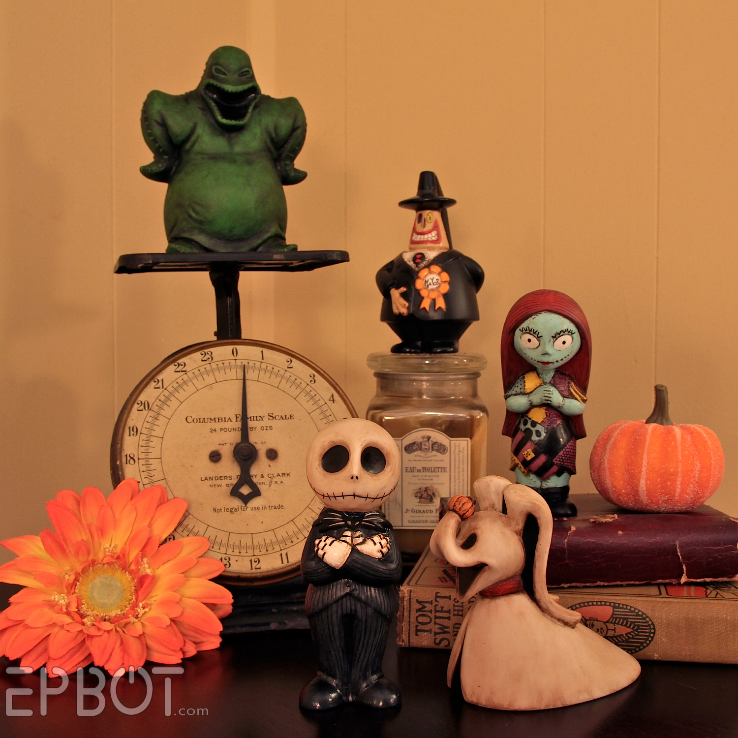 EPBOT: What\'s This? Nightmare Before Christmas Figurines