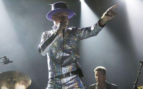 Dying Singer Downie Bids Canada Farewell