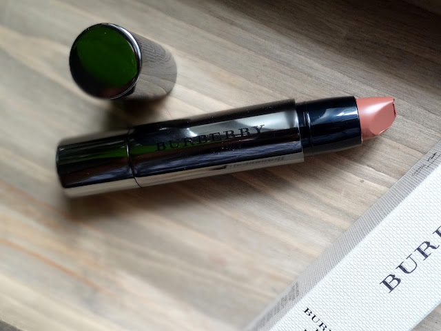 Burberry Beauty Full Kisses in Nude No.505 Review, Photos, Swatces