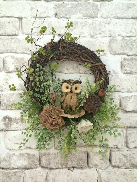 wreath with owl