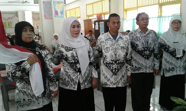 Emi Suhaena Pimpin Ranting 6 PGRI Kecamatan Sukmajaya