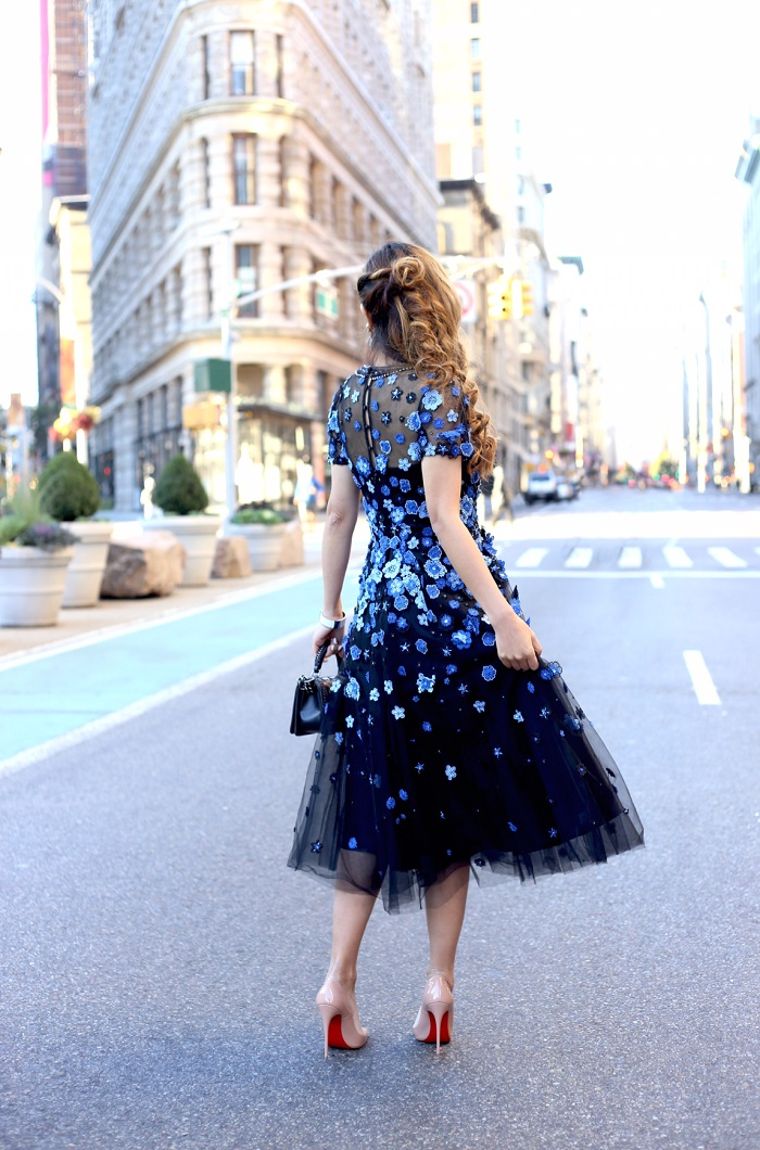 Teri jon Tulle gown with floral embellishements, wedding guest, flatiron building nyc, teri jon dress, christian louboutin so kate, kendra scott mirror mirror collection, Perla Earrings in Ivory Pearl, chanel boy bag, fashion blog, nyc blogger