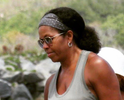 Michelle Obama wears natural hair - ClassyCurlies