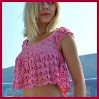 TOP VERANIEGO A CROCHET