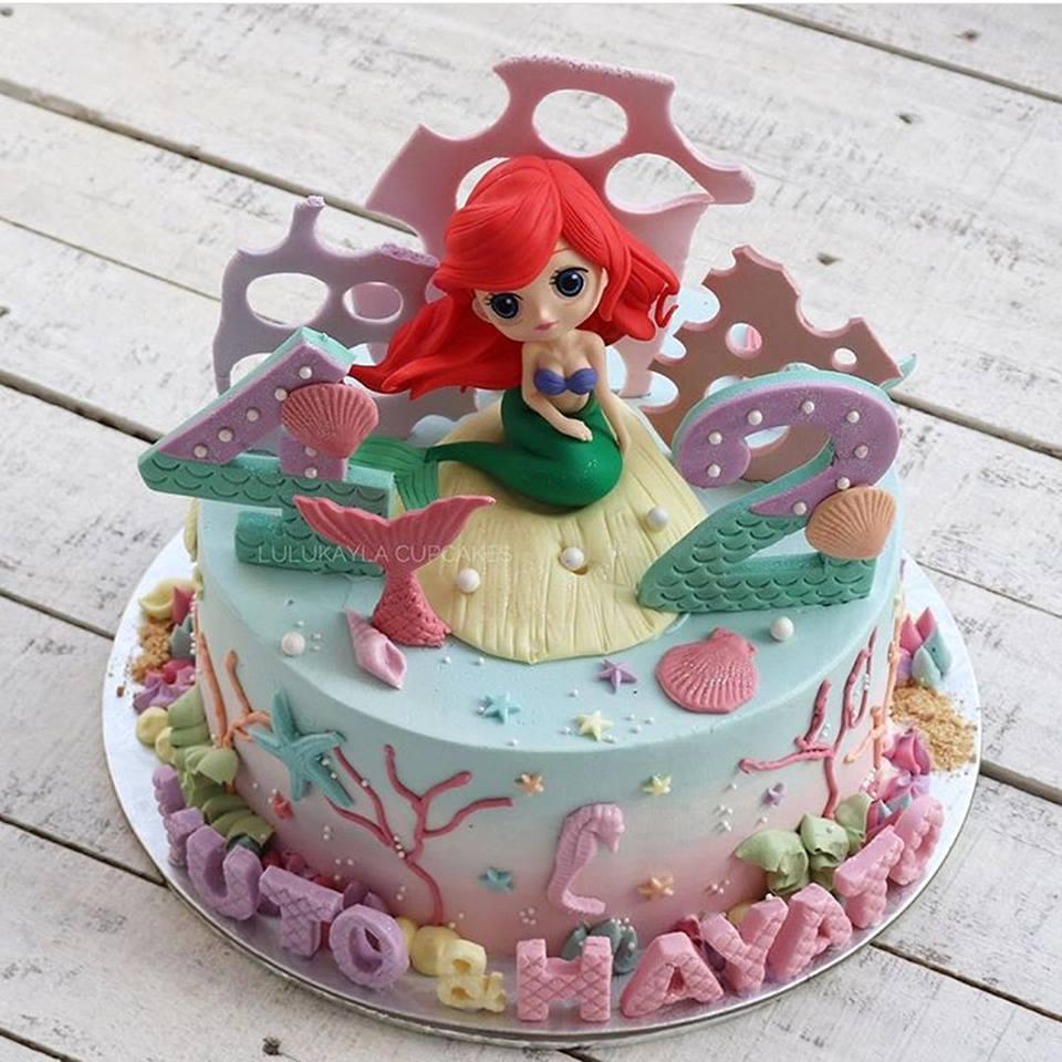 Bánh sinh nhật hình công chúa elsa 4
