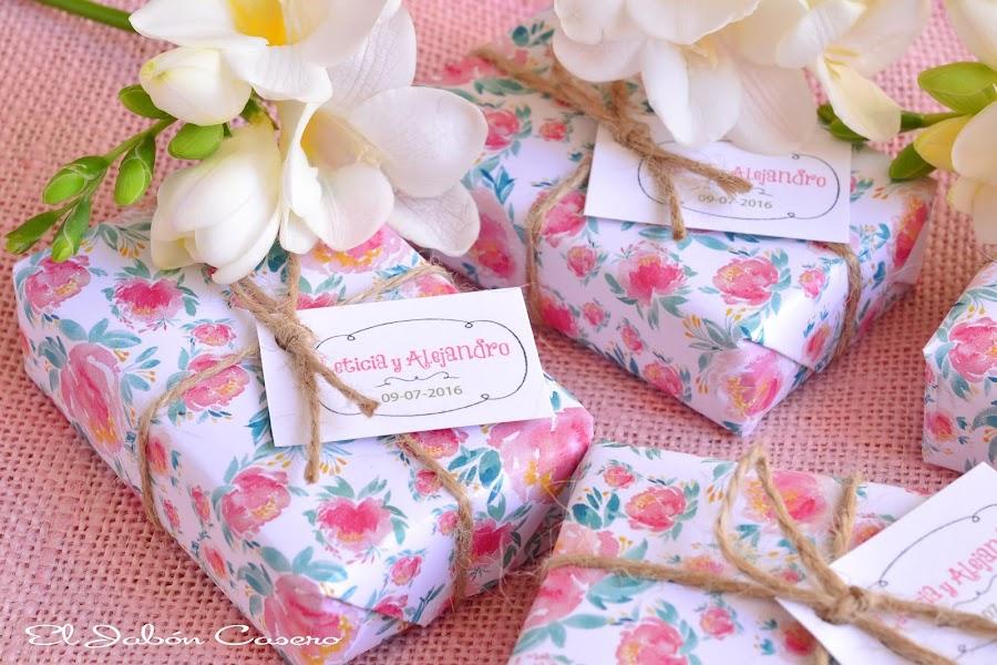 detalles personalizados para bodas jabones