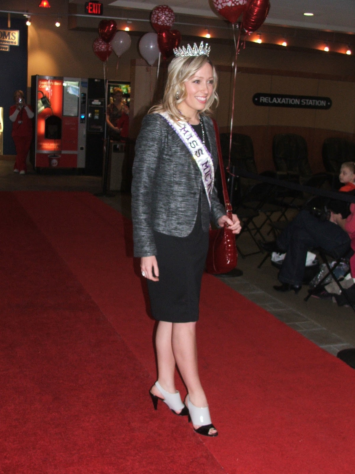 Miss Michigan International 2012: Go Red Fashion Show