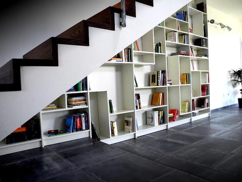 interior-buku-minimalis