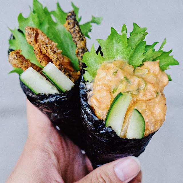Spicy Salmon and Crispy Fish Skin Temaki