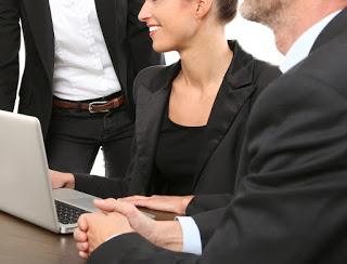 Advogados no exercício de cargos comissionados.