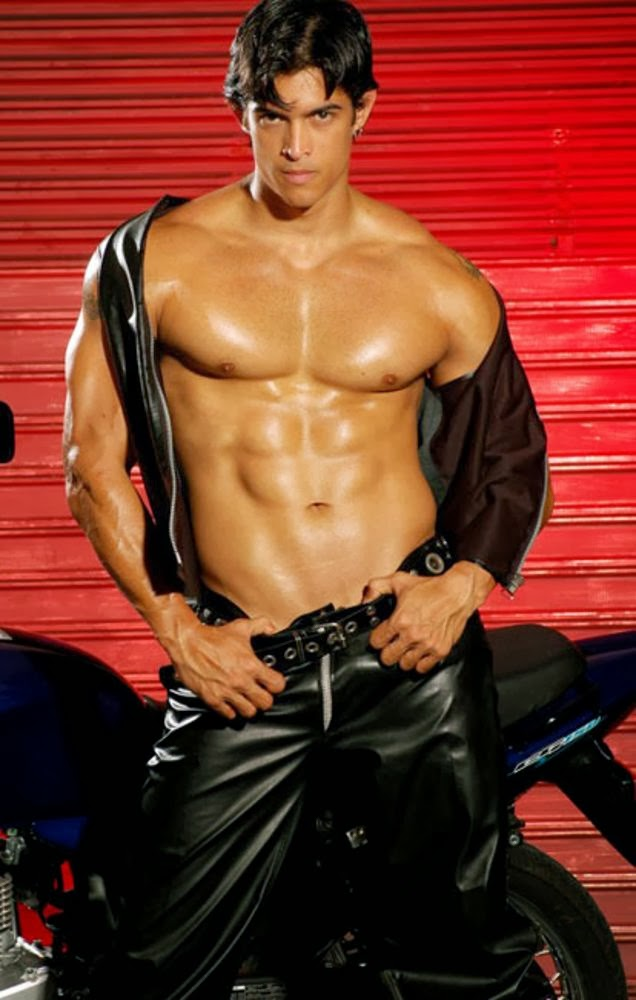 Tony Fernandes Gay 105
